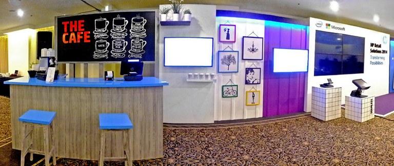 HP Retail - Custom Stand