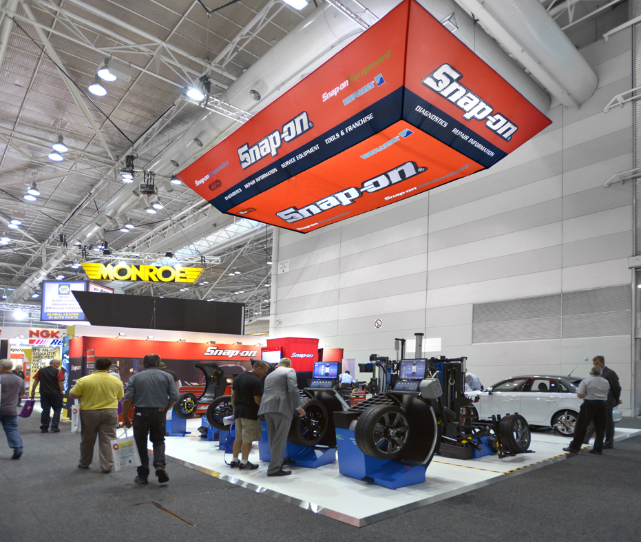 Overhanging Exhibition Banners